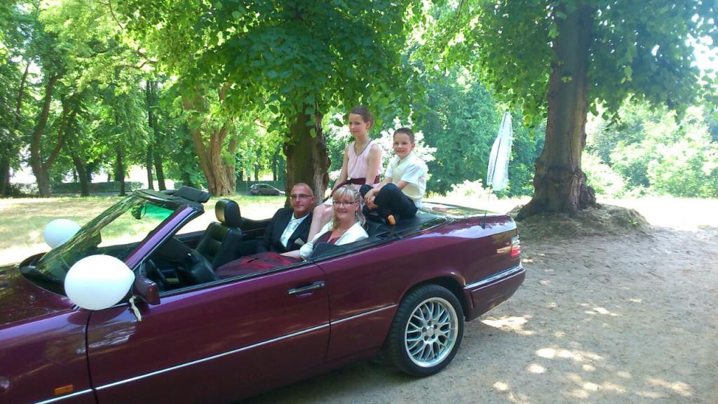 Unsere Hochzeitspaar Mirko und Dani mit Kinder